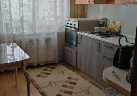Продаётся 4-комнатная квартира, 72 м²