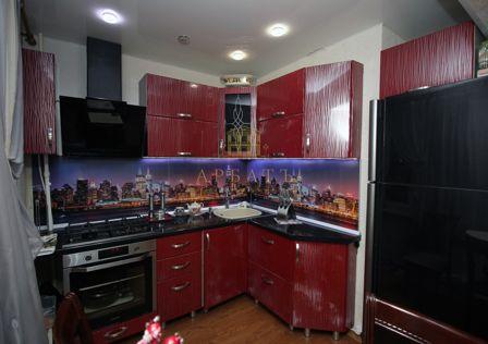 Продаётся 4-комнатная квартира, 59.2 м²