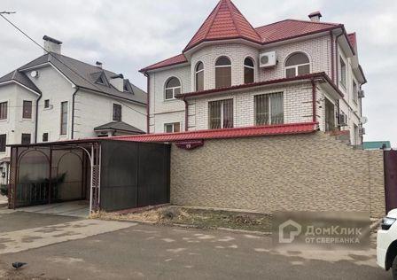 Продаётся 3-этажный дом, 333 м²