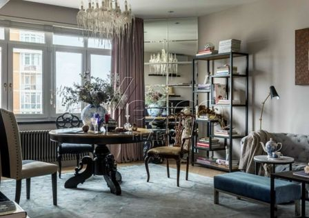 Продаётся 3-комнатная квартира, 117 м²