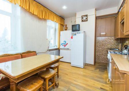 Продаётся 4-комнатная квартира, 94.9 м²