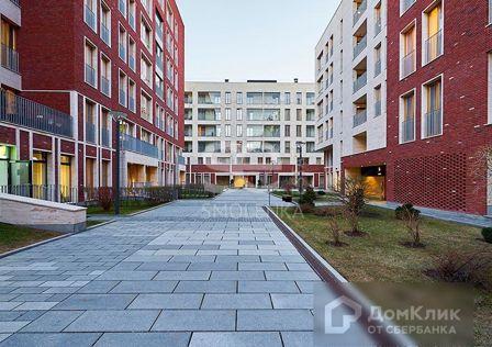 Продаётся 3-комнатная квартира, 131.9 м²