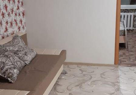 Продаётся 4-комнатная квартира, 61.3 м²