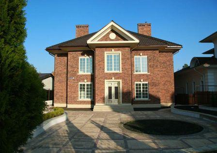 Продаётся 2-этажный дом, 369.6 м²