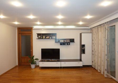 Продаётся 3-комнатная квартира, 118 м²