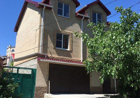 Продаётся 3-этажный дом, 147 м²