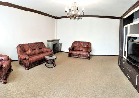 Продаётся 2-комнатная квартира, 78.8 м²