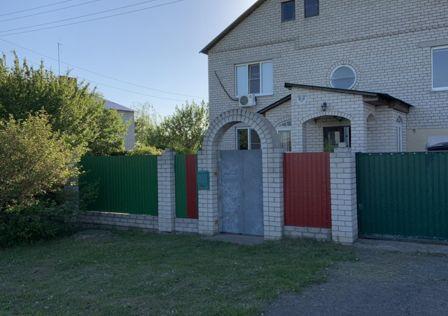 Продаётся 2-этажный дом, 323.2 м²