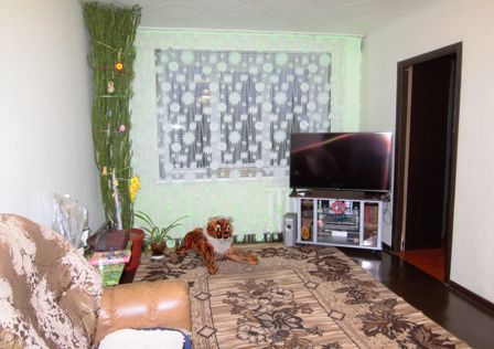 Продаётся 4-комнатная квартира, 64.4 м²