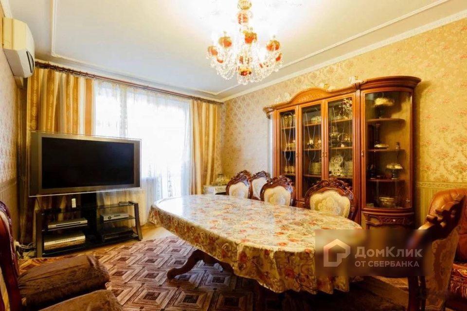 Продаётся 5-комнатная квартира, 120 м²
