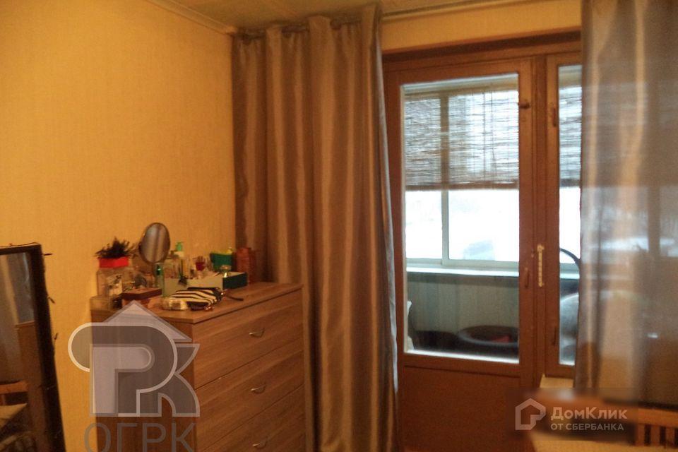 Продаётся 4-комнатная квартира, 64.1 м²