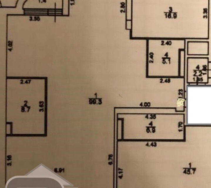 Продаётся 3-комнатная квартира, 131 м²