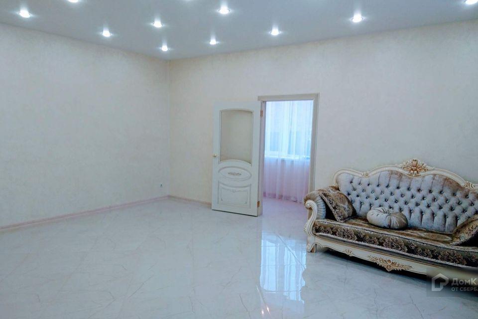Продаётся 2-этажный дом, 370 м²