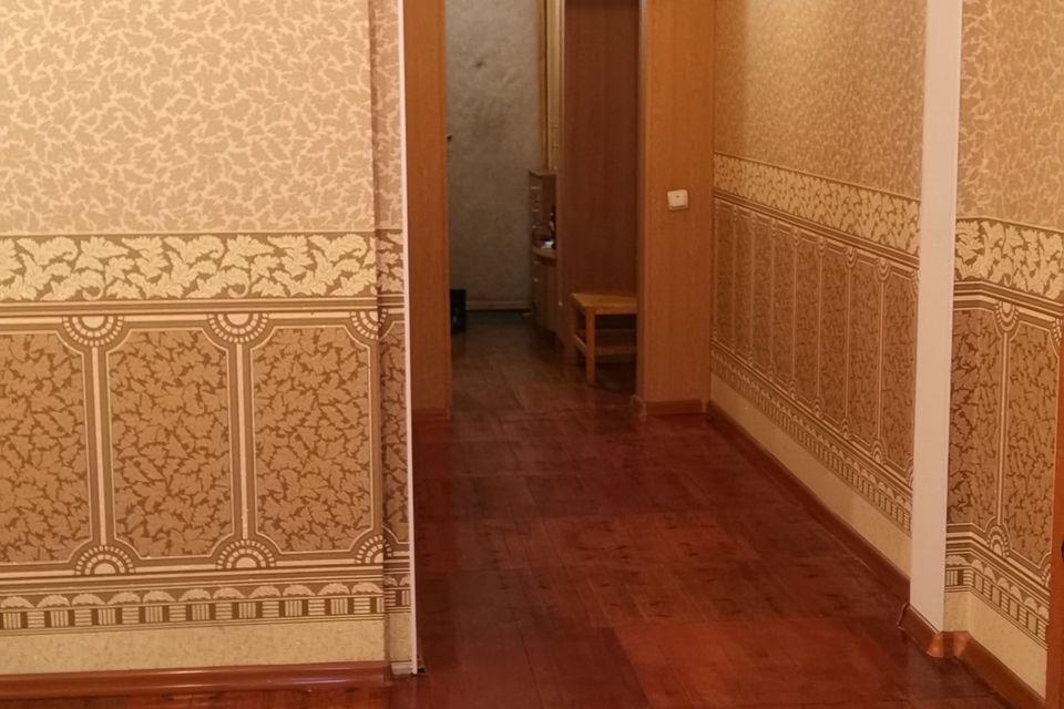 Продаётся 4-комнатная квартира, 100.4 м²