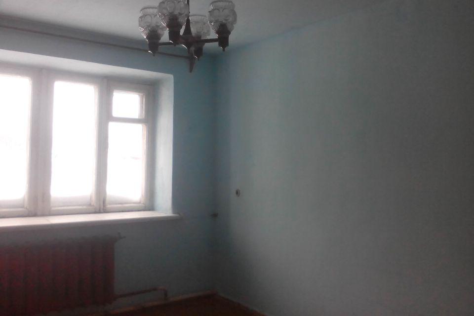 Продаётся 3-комнатная квартира, 51.3 м²