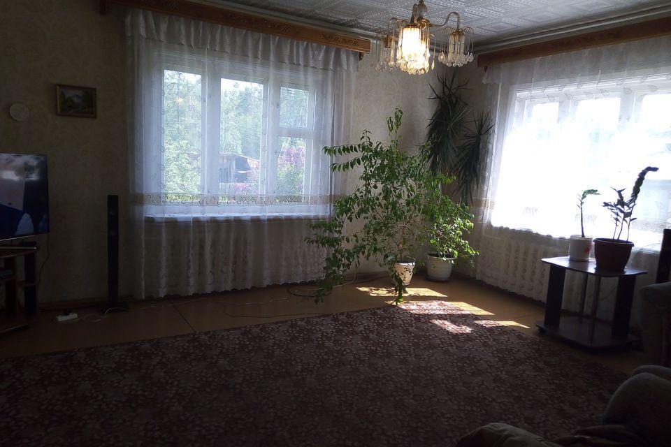 Продаётся 2-этажный дом, 210.6 м²