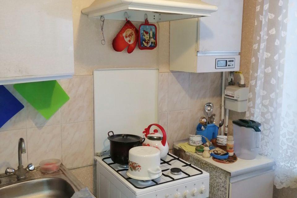 Продаётся 3-комнатная квартира, 57.6 м²